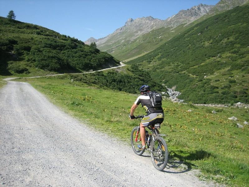 MTB rygskjold giver stor sikkerhed og større frihed når du kører på mountainbike